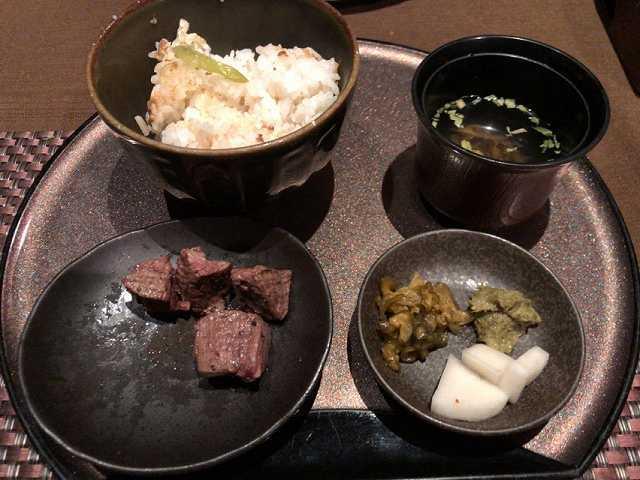 サイコロステーキ定食.jpg