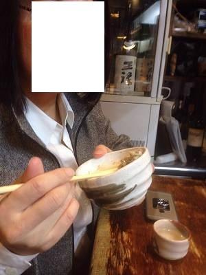 ナメロウ飯を喰らうジャン妻1.jpg
