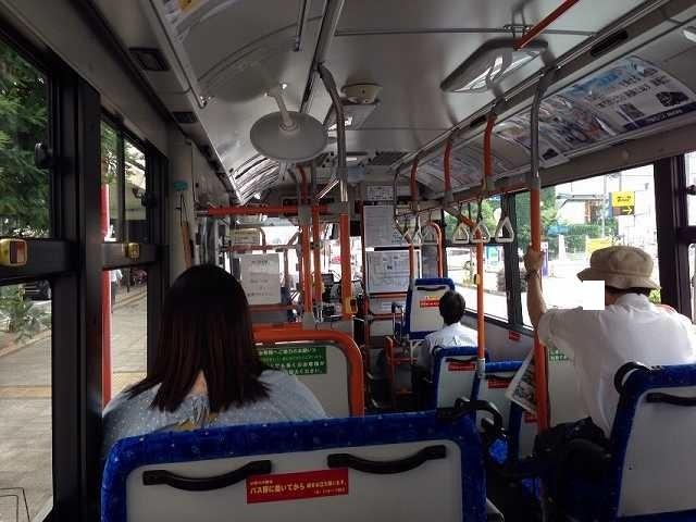 バス車内.jpg