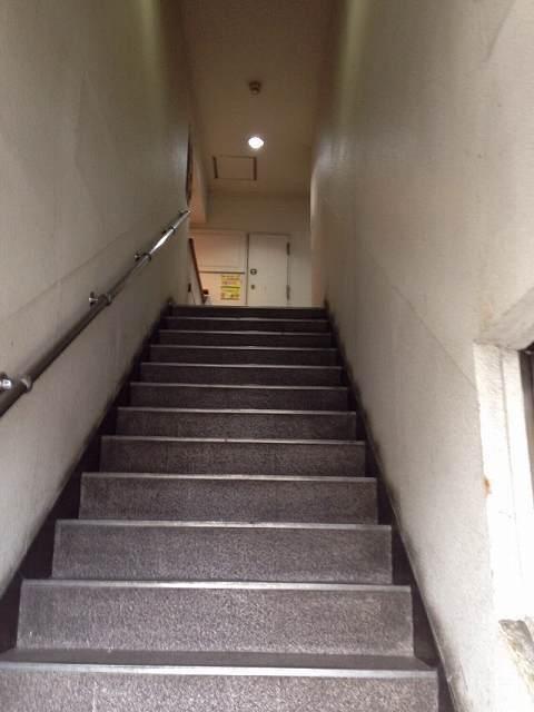 ルナ6~階段.jpg