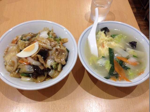 中華丼と玉子スープ.jpg