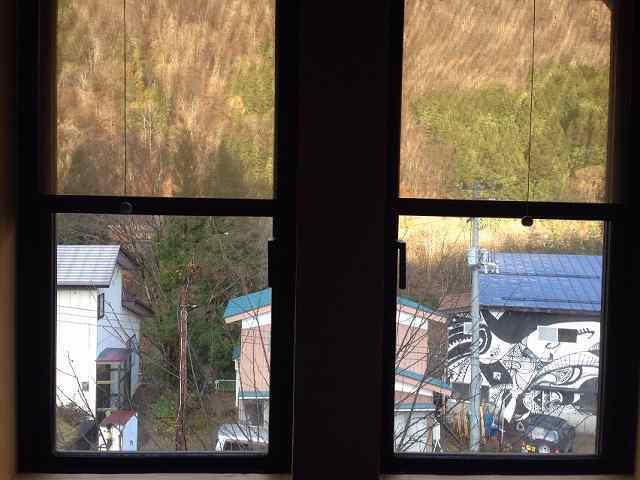 二階の窓から.jpg
