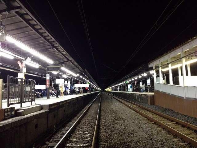 北鎌倉駅構内踏切から.jpg