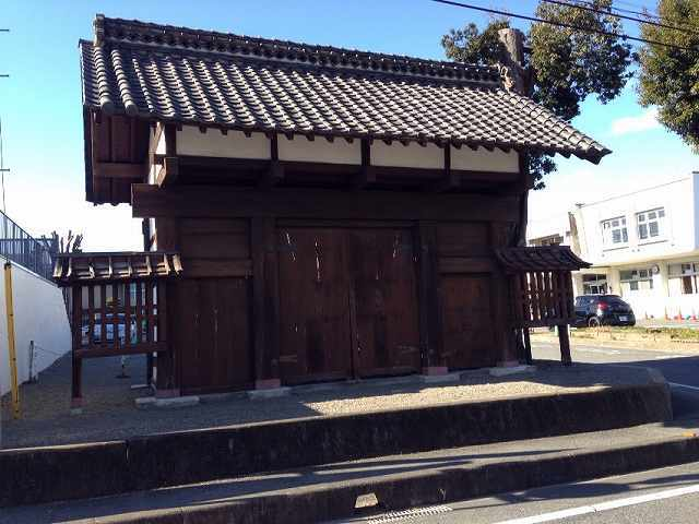 吉井藩陣屋門.jpg