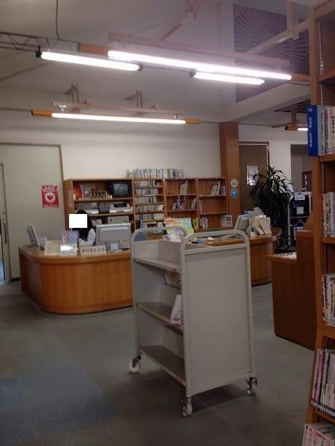 図書館受付.jpg