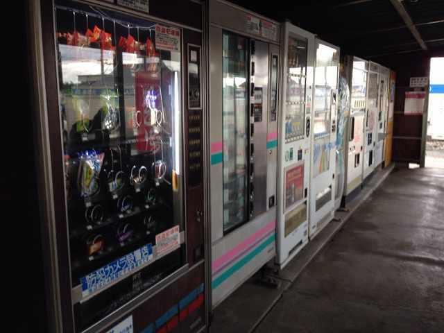 店内自販機2.jpg