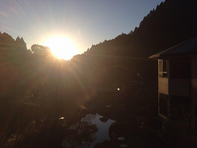 朝日が昇る.jpg