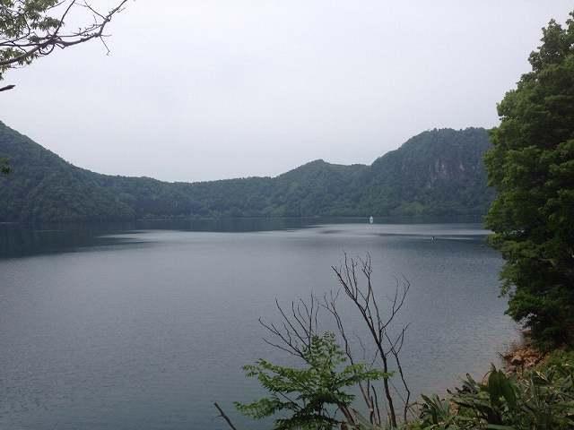沼沢湖1.jpg