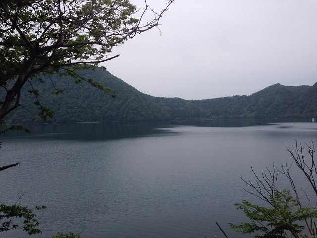 沼沢湖2.jpg