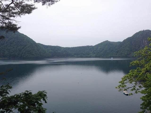 沼沢湖5.jpg