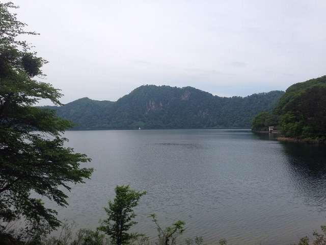 沼沢湖9.jpg