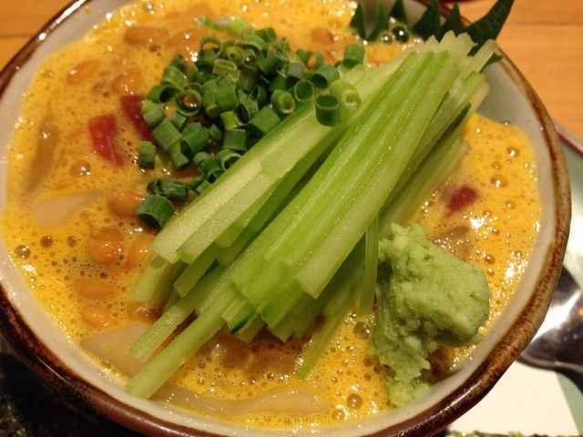 海鮮納豆黄身タタキ和え2.jpg