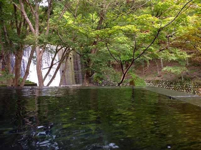 渓流の湯3.jpg