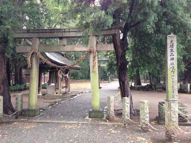 生品神社1.jpg