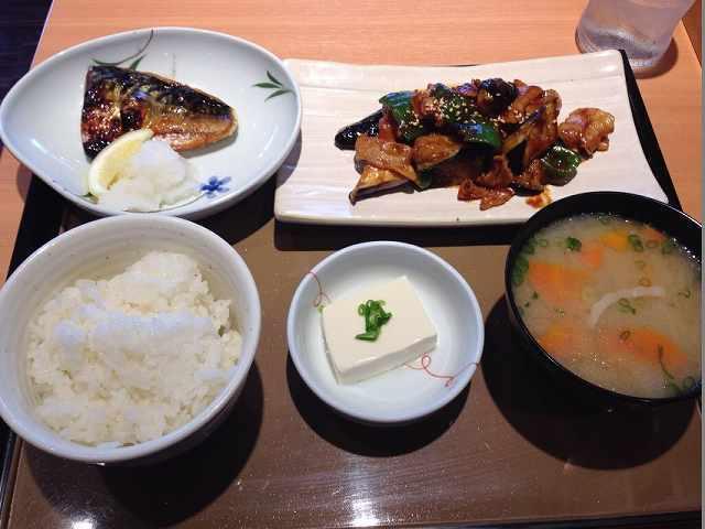 茄子味噌と焼き魚1.jpg