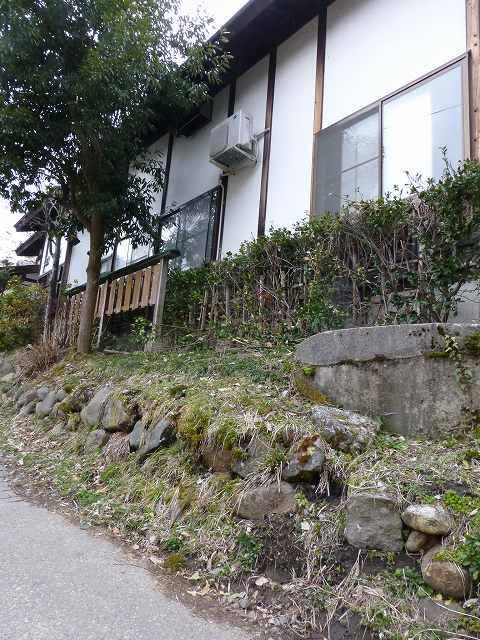 蕎麦宿の石垣.jpg