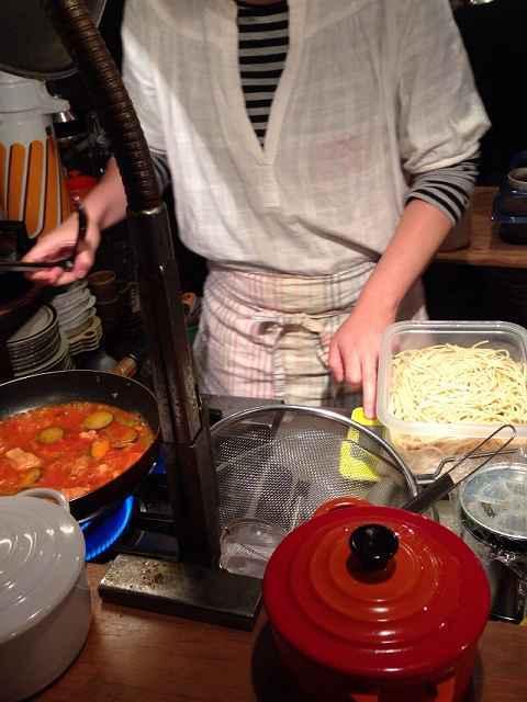 調理中のうさこ.jpg