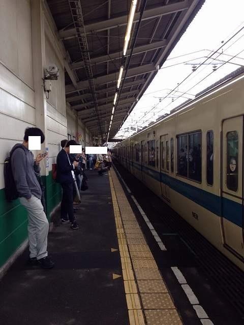諦め乗客.jpg