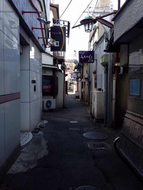 路地裏3.jpg