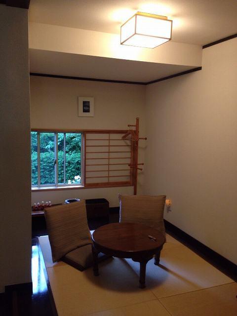 部屋1.jpg