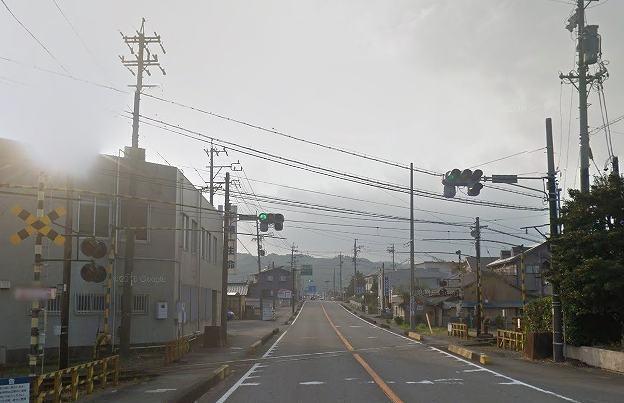 金谷の踏切.jpg