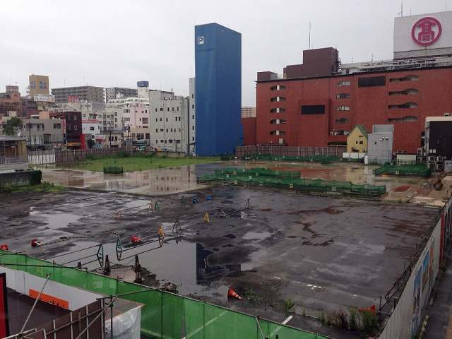 駅前2.jpg