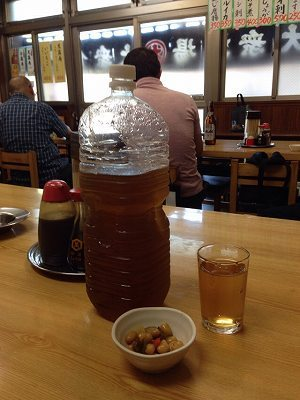 麦茶のボトル.jpg