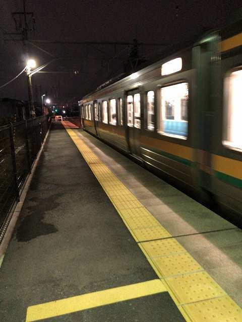 アナウンス無しでいきなりきた上り電車2.jpg