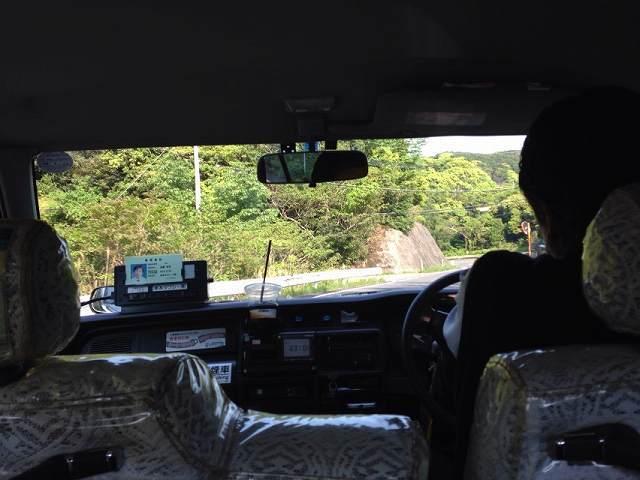 タクシー車内1.jpg