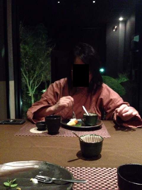 デザートを喰らうジャン妻1.jpg