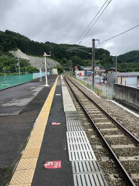 万座鹿沢口駅2.jpg
