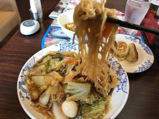 五目7麺リフトアップ2.jpg