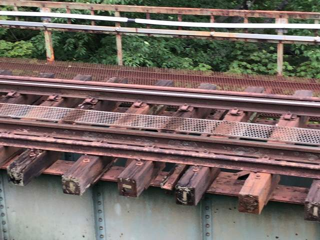 問題の鉄橋3.jpg