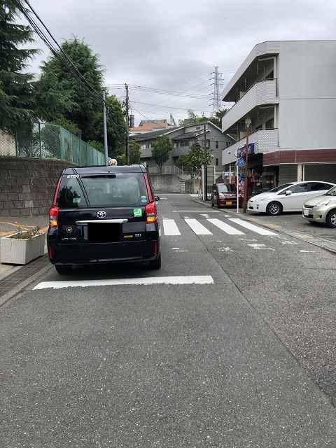 困っているタクシー.jpg