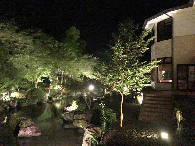 夜17池をぐるっと廻って船山館.jpg