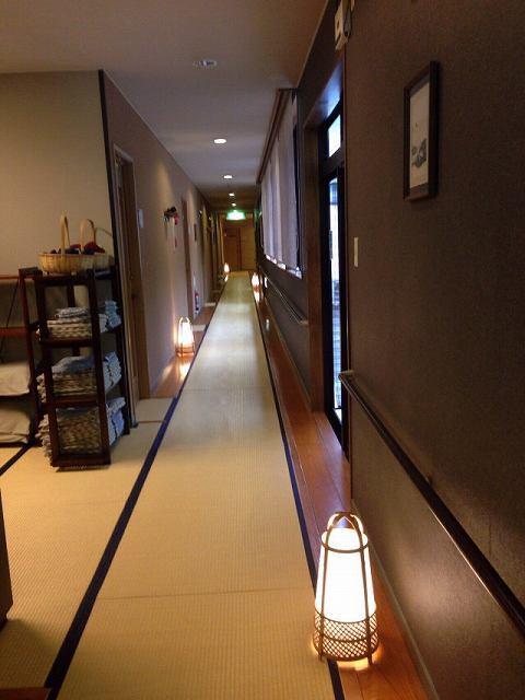 廊下2階.jpg