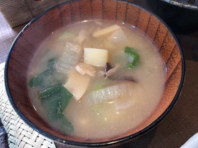 朝餉16味噌汁3.jpg