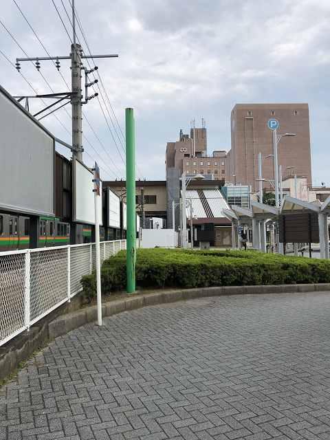 本庄駅前軌道跡1.jpg
