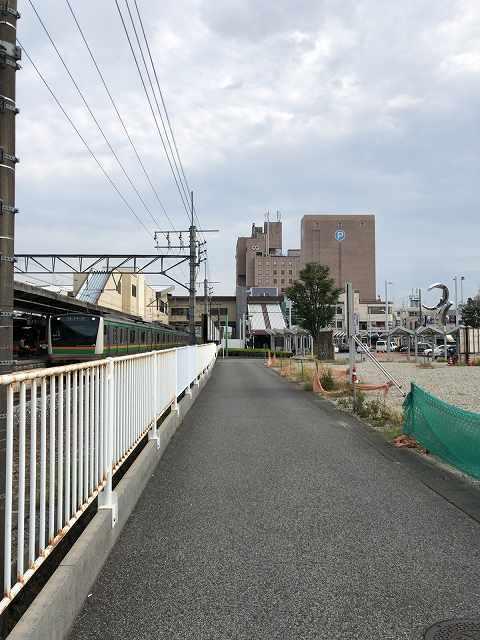 本庄駅前軌道跡2.jpg
