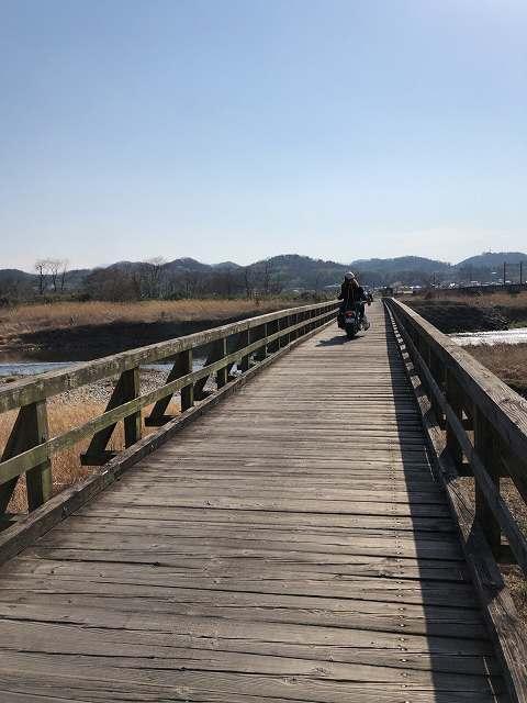 橋6バイク.jpg