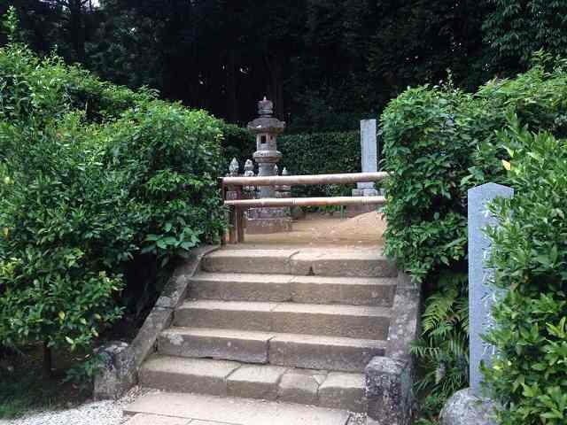 歴代墓所4.jpg