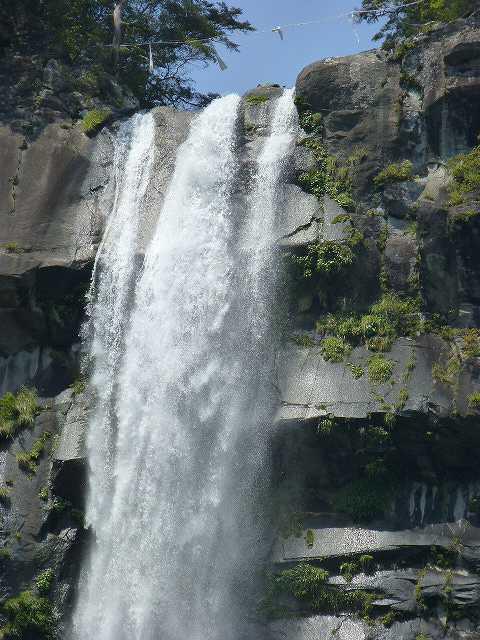 滝ズーム1.jpg