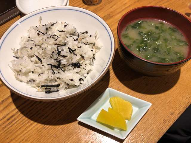 縮緬雑魚ご飯1味噌汁1.jpg
