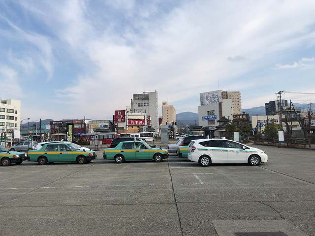 若松駅前1.jpg