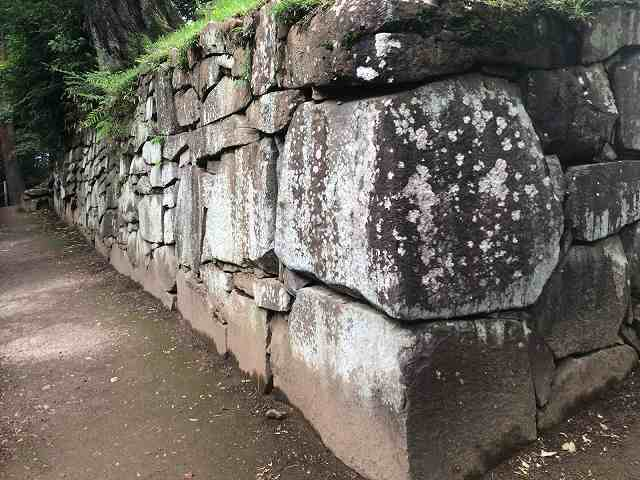 西櫓台石垣8.jpg