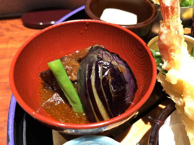 那須の下に赤味煮.jpg
