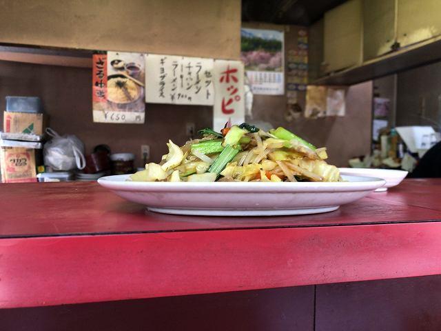 野菜炒め1ゴトッ.jpg