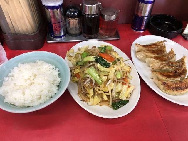 野菜炒め7餃子1.jpg
