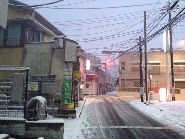 雪降る町を.jpg