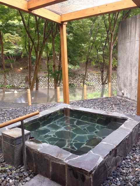 静山2.jpg